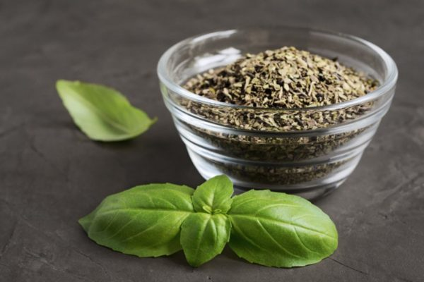 How To Dry Basil Leaves